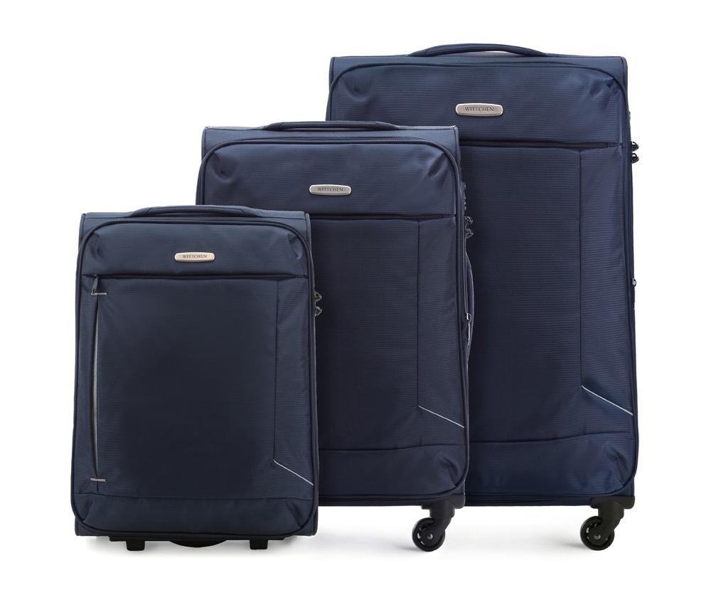 Комплект чемодановКомплект чемоданов из коллекции Bon Voyage выполнена из полиэстр. Оснащен четырьмя колесами , телескопической  ручкой, эластичная резиновая ручка для для удобства передвижения чемодана  и замок TSA , который гарантирует безопасное открытие чемоданов и его повторное закрытие без повреждения замка сотрудниками таможни. Чемодан соответствует требованиям ручной клади.   Внутри :    основное отделение на молнии с  регулируемыми ремнями, предохраняющими одежду от перемещения;   карман -сетка на молнии.    Снаружи:    с лицевой стороны карман на молнии .   В комплект входит :    Маленький чемодан: 56-3S-471  Средний чемодан; 56-3S-472  Большой чемодан; 56-3S-473<br><br>секс: унисекс<br>Цвет: синий<br>материал:: Полиэстер<br>подкладка:: полиэстр<br>высота (см):: 53 - 66 - 78<br>ширина (см):: 38 - 41 - 47<br>глубина (см):: 20 - 27 - 31<br>размер:: комплект<br>объем (л):: 32 - 57 - 91<br>вес (кг):: 2.1 - 2.6 - 3.1<br>Комплекты: так