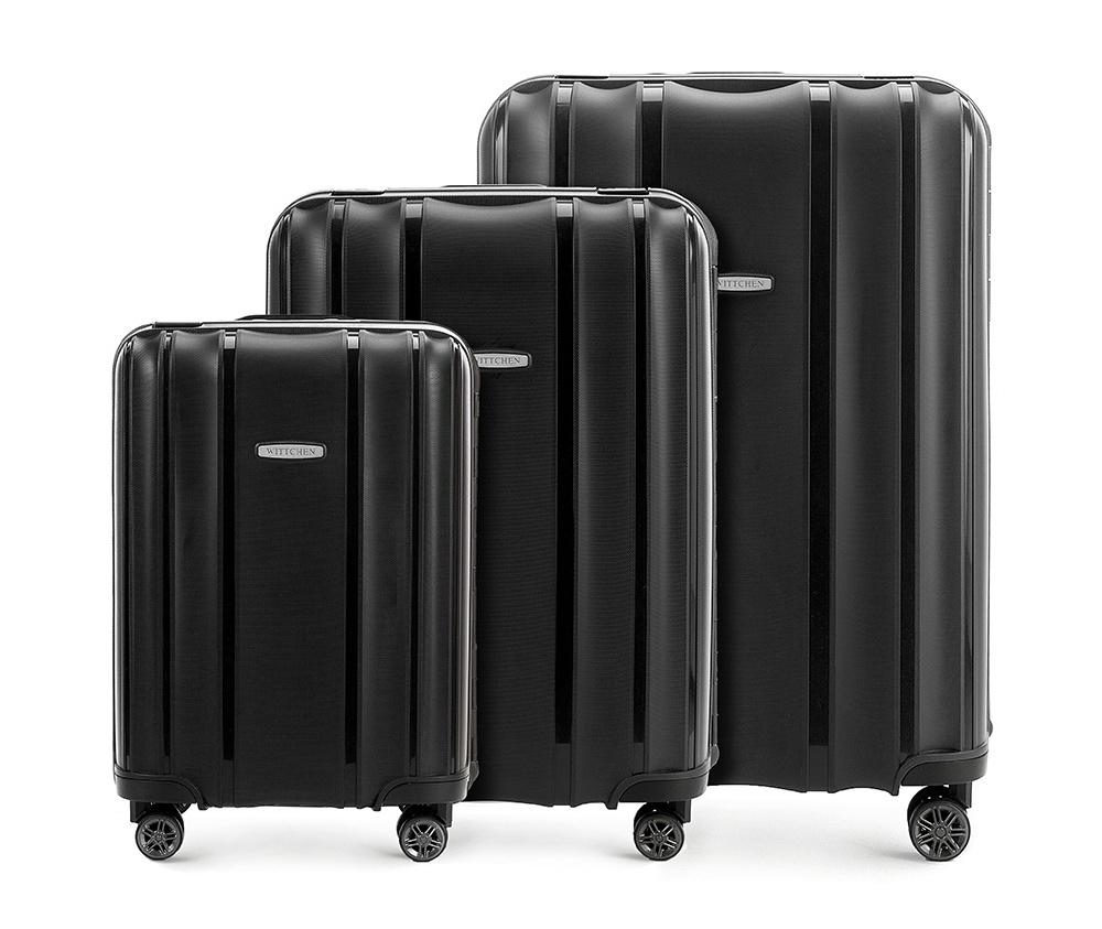 WittchenКомплект чемоданов из коллекции Premium PP. Модель изготовлена из эластичного и ударопрочного полипропилена. Имеет четыре двойных колеса, двухступенчатую выдвижную ручку и дополнительную ручку, облегчающие перемещение багажа. Закрывается на три пряжки главная из которых, на боковой панели чемодана, оснащена замком TSA (он очень удобен в случае досмотра багажа таможенной службой). Маленький чемодан соответствует требованиям ручной клади.Внутри: основное отделение с эластичными ремнями, предохраняющими одежду от перемещения; дополнительно основное отделение оснащено перегородкой с тремя карманами, один из которых из сетки на молнии с ремнями, предохраняющими багаж от перемещения.В состав комплекта входят: Маленький чемодан на колесах 56-3Т-731; Средний чемодан на колесах 56-3Т-732; Большой чемодан на колесах 56-3Т-733.<br><br>секс: унисекс<br>Цвет: черный<br>материал:: Полипропилен<br>высота (см):: 56 - 65 - 75<br>ширина (см):: 39 - 46 - 53<br>глубина (см):: 20 - 26 - 31<br>размер:: комплект<br>объем (л):: 36 - 66 - 105<br>вес (кг):: 3,2 - 4,4 - 5,2<br>Комплекты: так