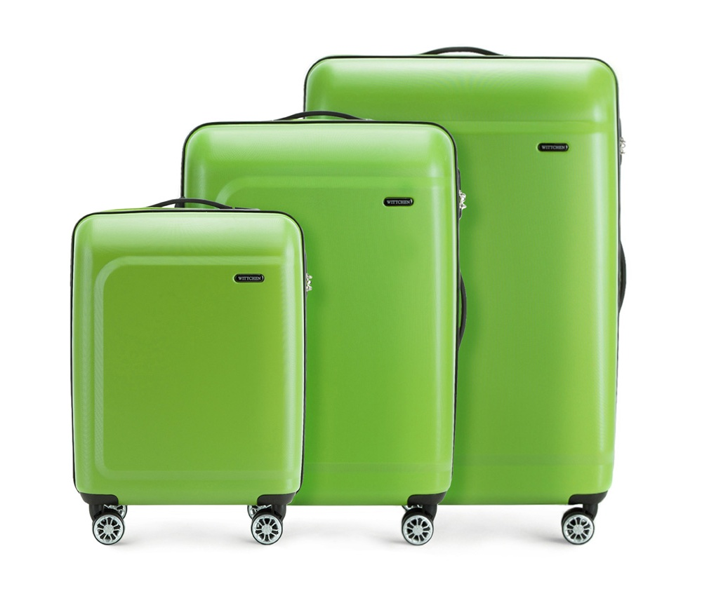 Комплект чемодановКомплект чемоданов из коллекции TP-Power изготовлен из термопластичного полимера - инновационного материала, который характеризуется высокой прочностью.Имеет четыре поворотных колеса,подножку для стабилности, телескопическую ручку и дополнительную ручку, облегчающие перемещение багажа. В состав комплекта входят: Маленький чемодан на колесах 56-3H-511 средний, чемодан на колесах 56-3H-512, большой чемодан на колесиках 56-3H-513. Внутри: - основное отделение на молнии с регулируемыми ремнями, которые предохраняют одежду от перемещения; - карман -сетка на молнии; - два кармана на молнии.<br><br>секс: унисекс<br>Цвет: зеленый<br>материал:: Полимер<br>подкладка:: полиэстер<br>высота (см):: 54 - 67 - 77<br>ширина (см):: 39 - 45 - 51<br>глубина (см):: 19 - 26 - 29<br>размер:: комплект<br>вес (кг):: 2,6 - 3,4 - 4,7<br>объем (л):: 31 - 62 - 91<br>Комплекты: так