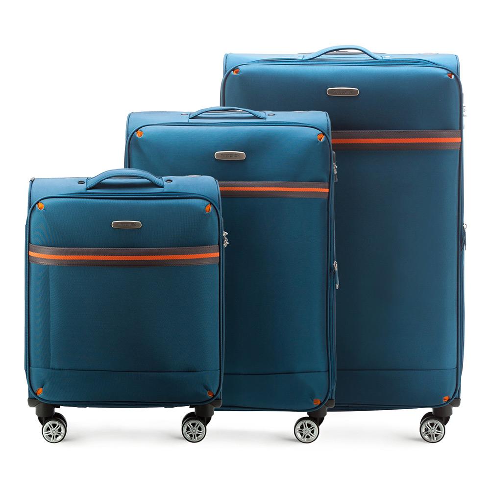 Комплект чемодановКомплект чемоданов из коллекции Comfort Line. Изготовлены из высокопрочного полиэстра. Четыре прочных колеса позволяют легко перемещать чемоданы. Имеют телескопическую ручку с фиксатором, эластичная прорезиненная ручка и кодовый замок. Особенности моделей: отделение с эластичными ремнями, предохраняющими одежду от перемещения;; отделение на молнии; карман на молнии. В состав комплекта входят: Маленький чемодан на колесах 56-3S-491; средний чемодан на колесах 56-3S-492; большой чемодан на колесиках 56-3S-493.<br><br>секс: унисекс<br>Цвет: голубой<br>материал:: Полиэстер<br>подкладка:: полиэстр<br>высота (см):: 55 - 71 - 81<br>ширина (см):: 40 - 42 - 47<br>глубина (см):: 20 - 28 - 31<br>размер:: комплект<br>объем (л):: 35 - 67 - 96<br>вес (кг):: 2.4 - 3.2 - 3.9<br>Комплекты: так