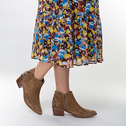 Damskie kowbojki zamszowe z przeszyciami, brązowy, 91-D-051-4-37, Zdjęcie 1