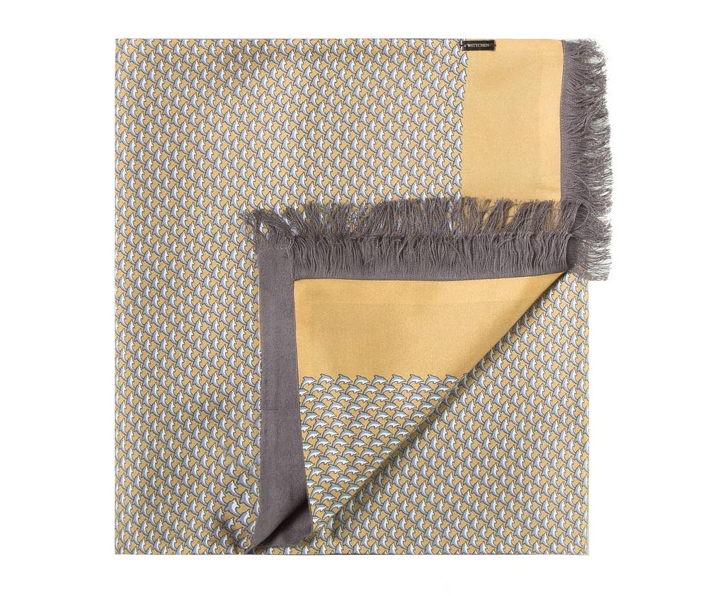Шарф мужскойДвусторонний мужской шарф  из шелка с знаком наивысшего качества King Silk. Слегка глянцевый сторона с узором подойдет для менее обязывающего стиля, а однотонная сторона идеально сочетается с элегантным образом.<br><br>секс: мужчина<br>Цвет: желтый<br>материал:: Шелк<br>высота (см):: 164<br>ширина (см):: 31