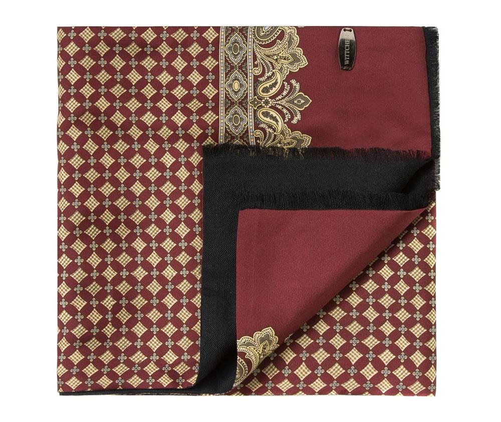 Шарф мужскойДвусторонний мужской шарф выполнен из нежного, роскошного шелка и шерсти. Шарф  отличное дополнение к мужскому образу.<br><br>секс: мужчина<br>Цвет: красный<br>материал:: Шелк<br>высота (см):: 146<br>ширина (см):: 26