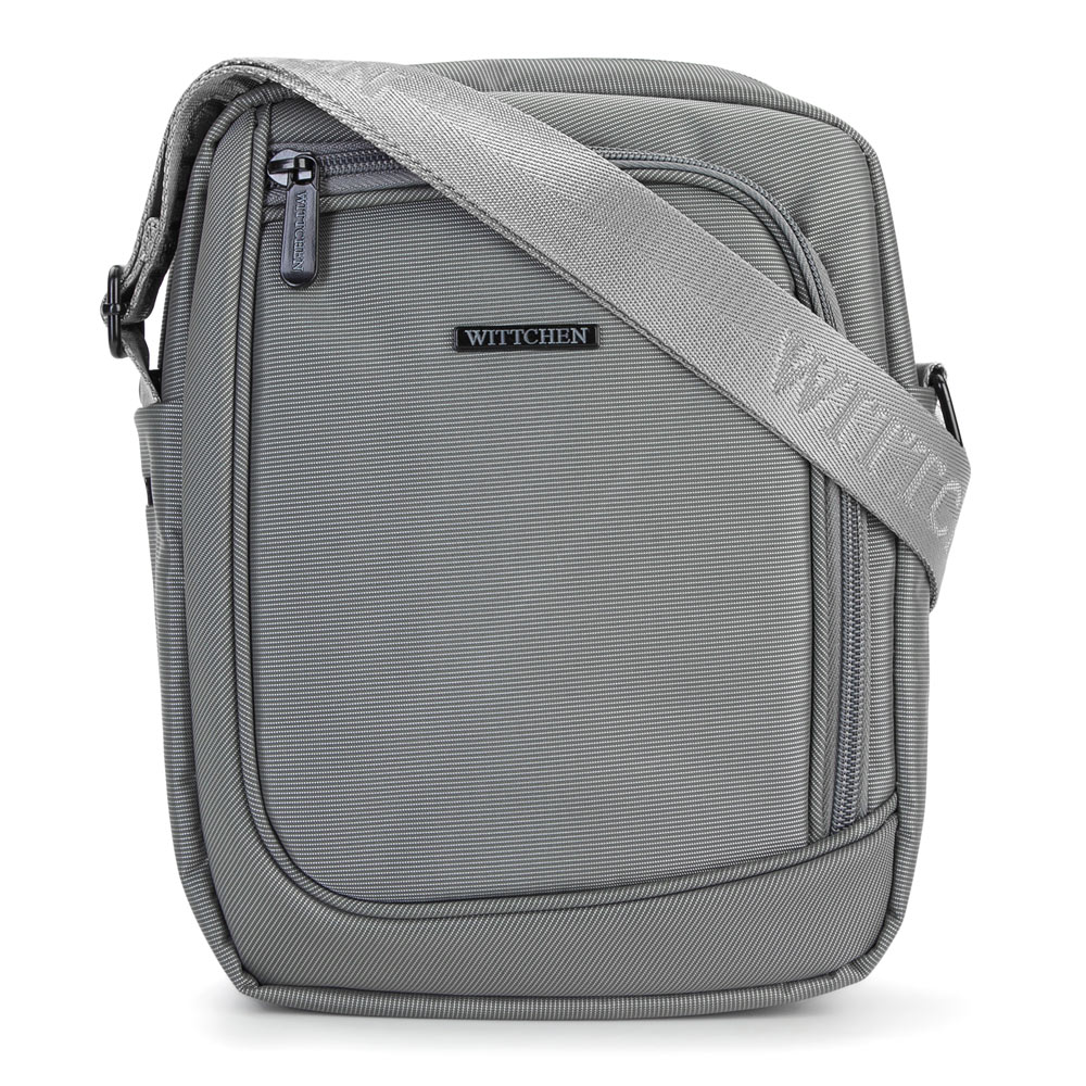 Nylonová taška na rameno.