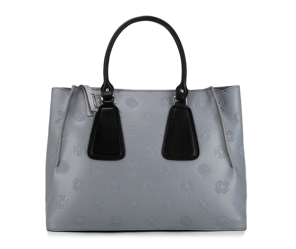 Сумка кожаная Wittchen 85-4E-006-81, серебряныйСумка из коллекции Elegance. Основное отделение на молнии. Внутри карман на молнии и открытый карман для мелких предметов. Дополнительно съемный, регулируемый плечевой ремень.<br><br>секс: женщина<br>Цвет: серый<br>материал:: Натуральная кожа<br>тип:: через плечо<br>высота (см):: 25<br>ширина (см):: 34<br>глубина (см):: 13<br>вмещает формат А4: да<br>общая высота (см):: 37<br>вес (кг):: 0,7
