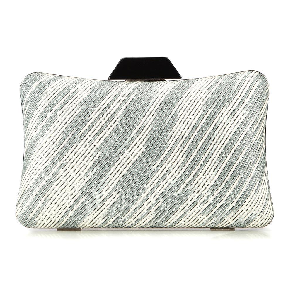 9bef43c1fb484 Mała torebka wieczorowa z materiału włókienniczego
