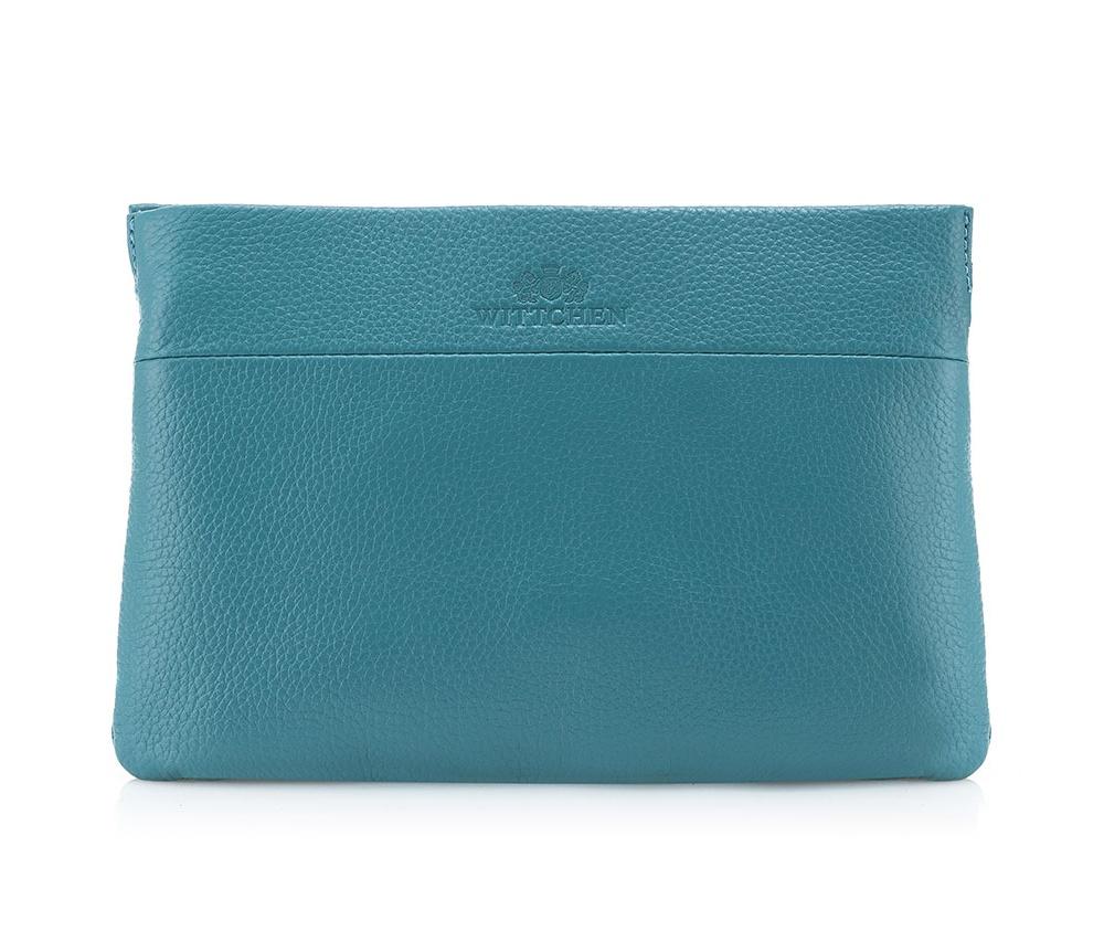 Сумка ELEGANCEОсновное отделение надежно закрывается на молнию. Внутри 3 карманa открытых кармана, один на молнии для мелких предметов. Дополнительно имеется съемный регулируемый ремень.<br><br>секс: женщина<br>Цвет: голубой<br>материал:: Натуральная кожа<br>описание материала :: матовый<br>тип:: через плечо<br>высота (см):: 16<br>ширина (см):: 22<br>глубина (см):: 8<br>вмещает формат А4: нет<br>вес (кг):: 0,2