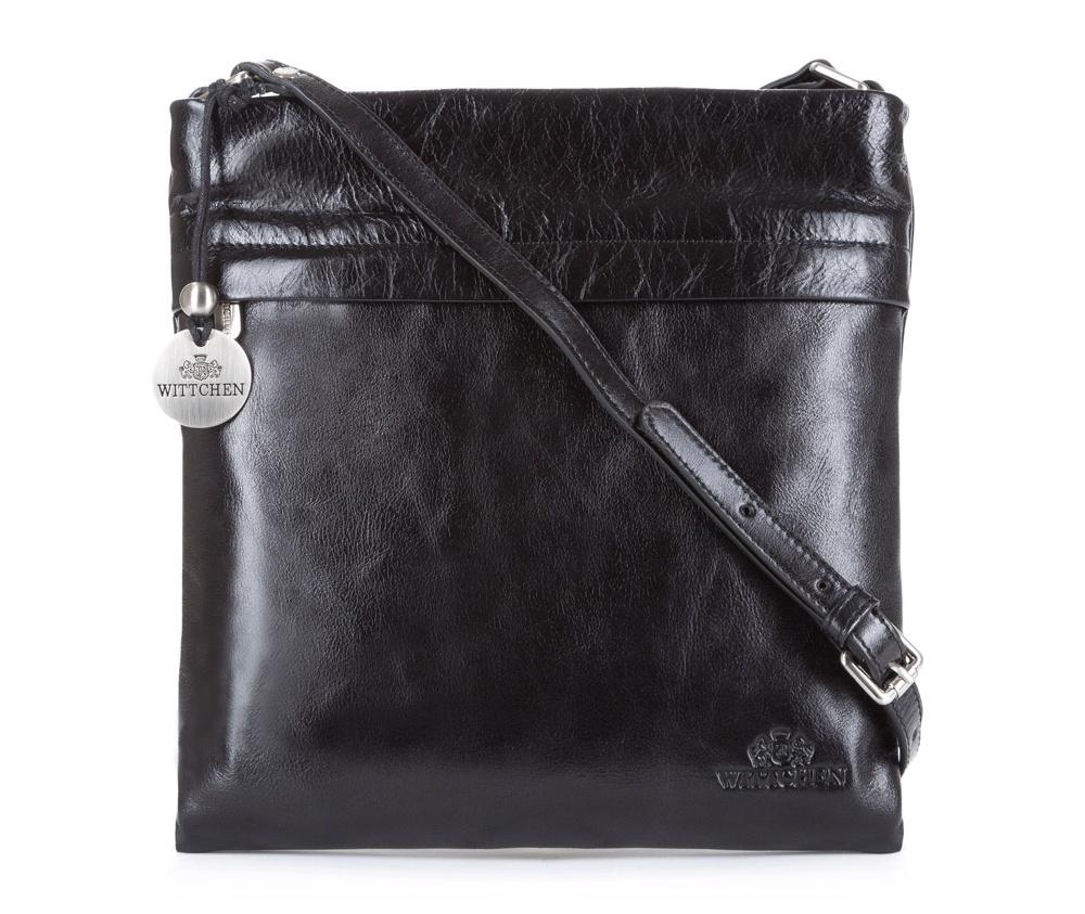 Кожаная сумкаЖенская сумка с основным отделением на молнии. Внутри карман на молнии, открытый карман для мелких предметов и отделение для мобильного телефона. С лицевой стороны карман на молнии. Возможность ругулирования длины ремня.<br><br>секс: женщина<br>Цвет: черный<br>материал:: Натуральная кожа<br>описание материала :: глянцевый<br>тип:: через плечо<br>высота (см):: 25<br>ширина (см):: 27<br>глубина (см):: 7<br>вмещает формат А4: нет<br>вес (кг):: 0,3