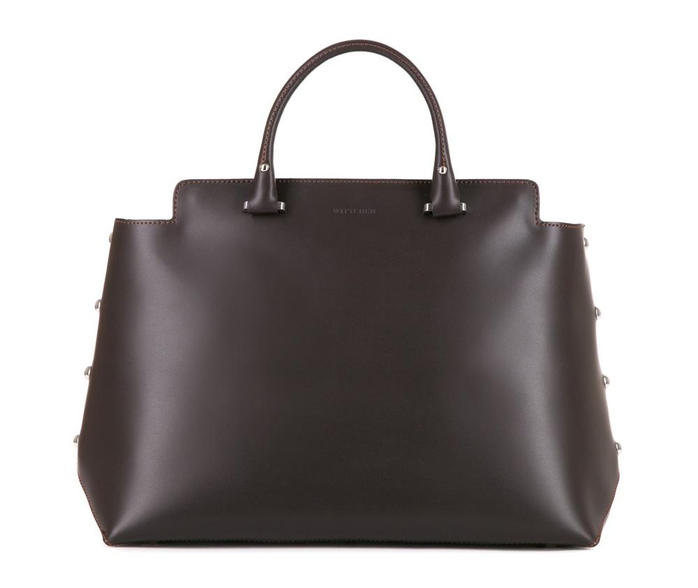 Женская сумкаЖенская сумка из коллекции Elegance&#13;<br>Основной отдел застегивается на молнию. Внутри отделение на молнии, открытый карман для мелких предметов и отделение для мобильного телефона.  Дно сумки защищено металлическими ножками. Дополнительно съемный, регулируемый плечевой ремень.<br><br>секс: женщина<br>Цвет: коричневый<br>материал:: Натуральная кожа<br>длина плечевого ремня (cм):: 94 - 107<br>высота (см):: 26<br>ширина (см):: 36<br>глубина (см):: 14<br>общая высота (см):: 37<br>длина ручки/ек (см):: 33