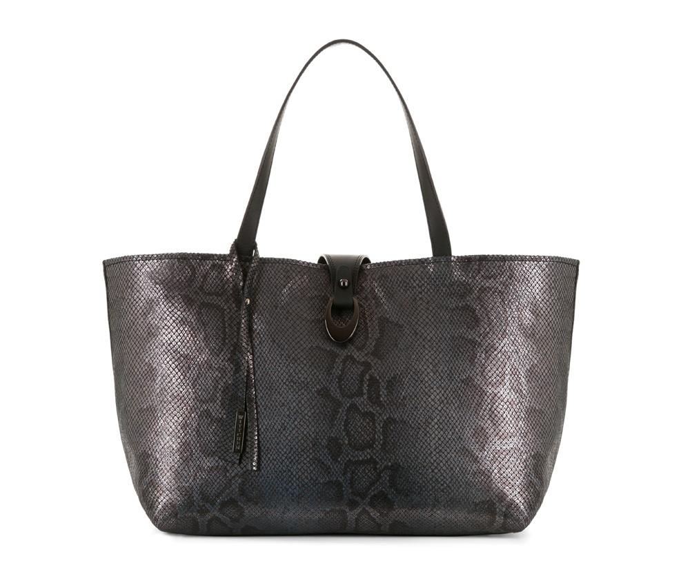 Женская сумкаЖенская сумка из коллекции Elegance&#13;<br>Основной отдел застегивается на молнию.Внутриотделение на молнии, открытый карман для мелких предметов и отделение для мобильного телефона.Дно сумки защищено металлическими ножками.<br><br>секс: женщина<br>Цвет: коричневый<br>материал:: Натуральная кожа<br>высота (см):: 27<br>ширина (см):: 38 - 50<br>глубина (см):: 16<br>общая высота (см):: 47<br>длина ручки/ек (см):: 50