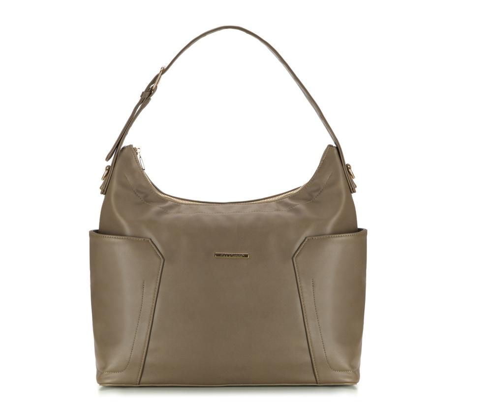 Женская сумкаЖенская сумка из коллекции E-BAG E-BAG представляет собой сочетание классического стиля и современных решений. Кроме того, интересные цвета подкладки придает сумке оригинальный вид.Внутри специальные перегородки  для аксессуаров, которые позволяют сохранить порядок внутри сумки.  Основное отделение закрывается на молнию. Внутри  карман для устройств с максимальными размерами: 24 см x 35 см, карман на  молнии, отделение для мобильного телефона, карман для наушников, 2  места для ручек и карман для элементов питания. По бокам два  открытых кармана для мелких предметов.Дополнительно прилагается съемный, регулируемый ремень.<br><br>секс: женщина<br>Цвет: зеленый<br>материал:: Экокожа<br>ширина (см):: 38<br>высота (см):: 29<br>глубина (см):: 13.5<br>размер:: поместит формат А4<br>длина ручки/ек (см):: 63 - 71