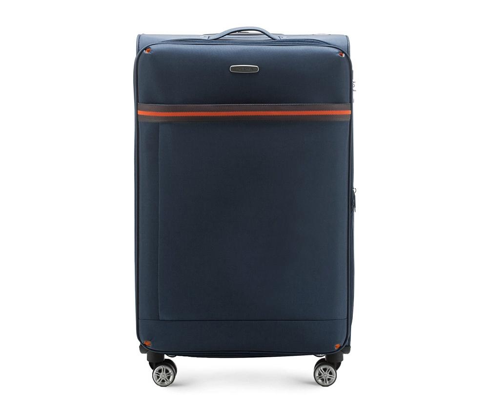 Большой чемодан 28\Большой чемодан из коллекции  Comfort Line сделан из высокопрочного полиэстра. Выдвижная ручка, главное отделение на молнии с кодовым замком TSA, разделённое на две части: одно отделение с фиксирующими ремнями для одежды, второе отделение закрывается на молнию, внутренний карман на молнии.<br><br>секс: унисекс<br>Цвет: синий<br>материал:: Полиэстер<br>подкладка:: полиэстр<br>высота (см):: 81<br>ширина (см):: 47<br>глубина (см):: 31<br>размер:: большой<br>объем (л):: 96<br>вес (кг):: 3,9