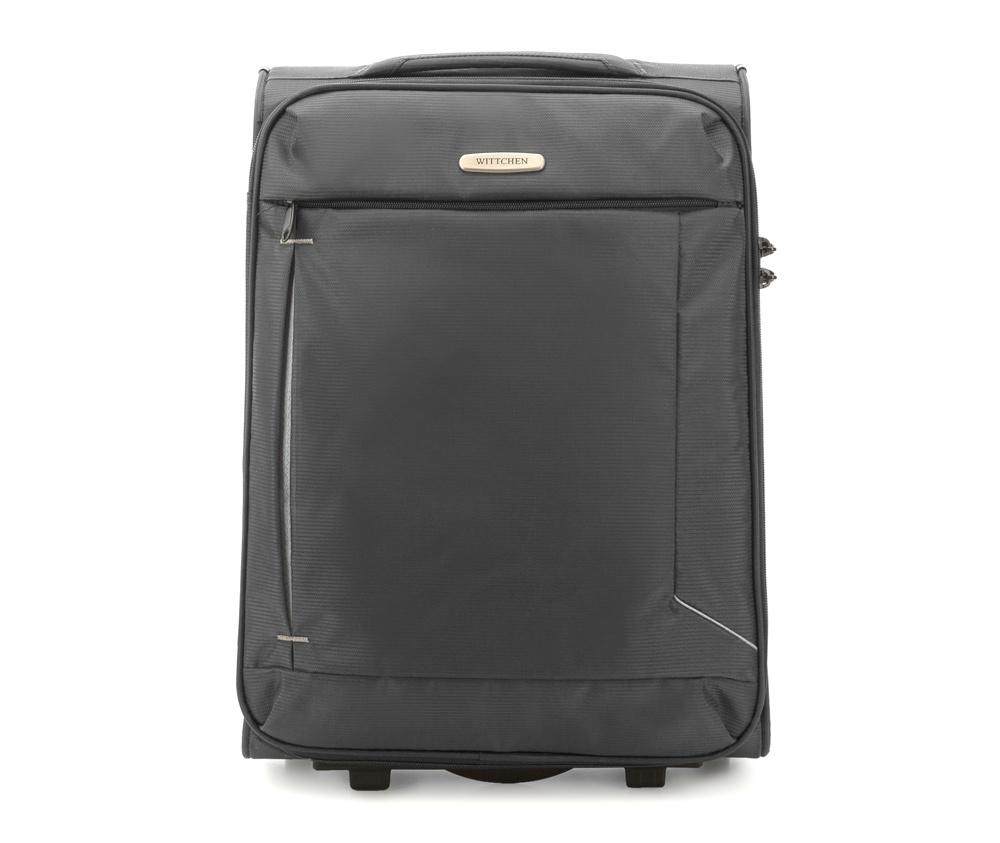 Чемодан на колесиках 20\\Маленикий чемодан из коллекции Voyage выполнена из полиэстр. Оснащен двумя колесами и подножкой для поддержания стабильности чемодана. Дополнительно телескопическая  ручка, эластичная резиновая ручка для для удобства передвижения чемодана  и замок TSA , который гарантирует безопасное открытие чемоданов и его повторное закрытие без повреждения замка сотрудниками таможни. Чемодан соответствует требованиям ручной клади.   Внутри :    основное отделение на молнии с  регулируемыми ремнями, предохраняющими одежду от перемещения;   карман -сетка на молнии.    Снаружи:    с лицевой стороны карман на молнии .<br><br>секс: унисекс<br>Цвет: серый<br>материал:: Полиэстер<br>подкладка:: полиэстр<br>высота (см):: 53<br>ширина (см):: 38<br>глубина (см):: 20<br>размер:: ручная кладь<br>объем (л):: 32<br>вес (кг):: 2.1
