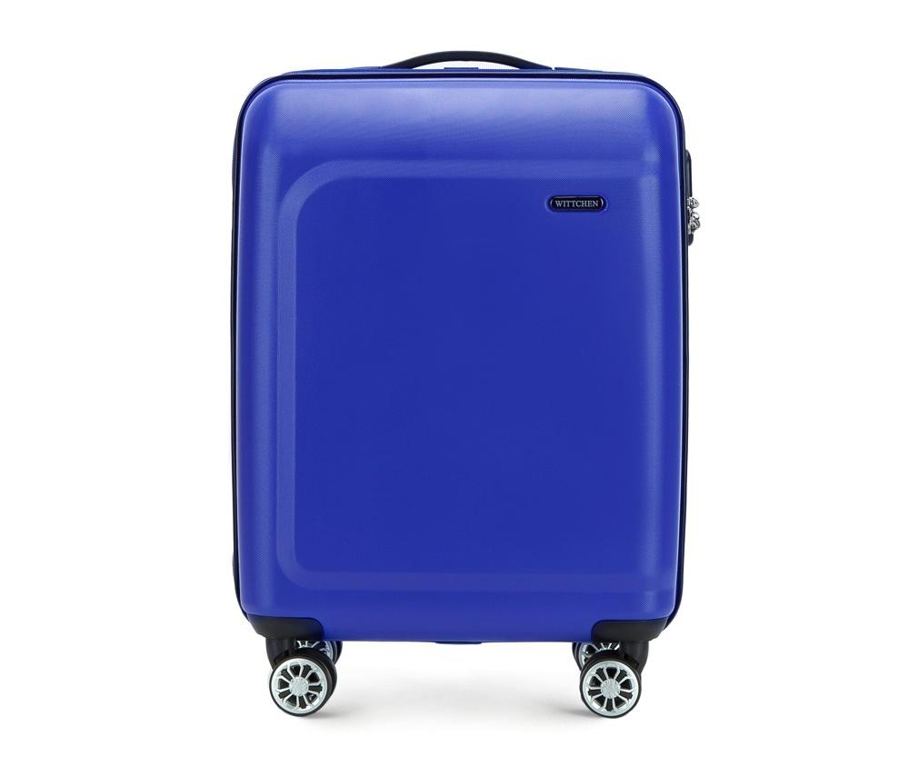 Чемодан на колесиках 19\\Маленький чемодан из коллекции TP-Power сделан из термопластичного полимера. Четыре прочных колеса позволяют легко перемещать чемодан. Телескопическая ручка и дополнтильная прорезиненная ручка делают предвежение багажа более комфортным. Чемодан соответствует требованиям ручной клади. Особенности модели: основное отделение на молнии с регулируемыми ремнями; карман из сетки на молнии; 2 кармана на молнии. Указанные размеры включают в себя также выступающие элементы, такие как ручки или колеса.<br><br>секс: None<br>Цвет: синий<br>подкладка:: полиэстр<br>высота (см):: 54<br>ширина (см):: 39<br>глубина (см):: 19<br>размер:: ручная кладь<br>объем (л):: 31<br>вес (кг):: 2,6
