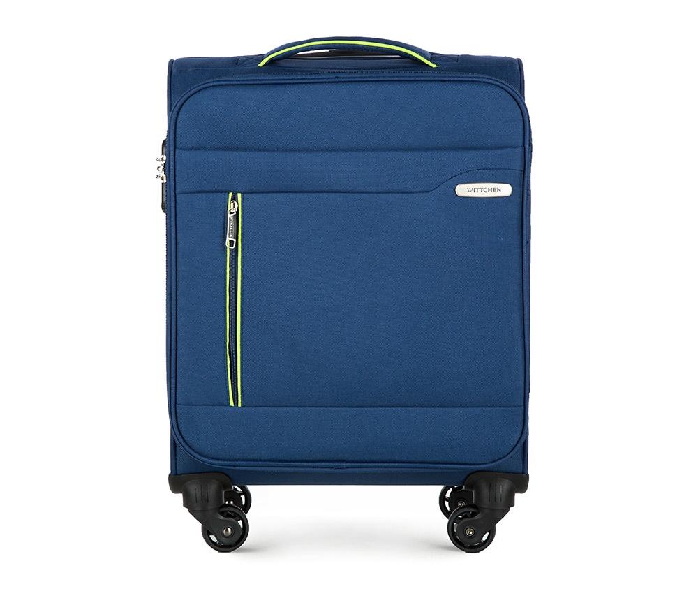 Чемодан на колёсикахМаленький чемодан из коллекции Stripe Line изготовлен из полиэстера. Оснащен четырьмя прочными колесиками, телескопической и дополнительной ручками, которые позволяют легко перемещать багаж. Дополнительно снаружи внешние карманы. Защита в виде кодового замка, который препятствует доступу внутрь чемодана. Внутри: основное отделение на молнии с регулируемыми ремнями, предохраняющими одежду от перемещения; карман - сетка на молнии. Снаружи: с лицевой стороны 2 кармана закрываются на молнию; дополнительно молния, позволяющая увеличить объем чемодана на 5 см.<br><br>секс: унисекс<br>Цвет: синий<br>материал:: Полиэстер<br>высота (см):: 55<br>ширина (см):: 38<br>глубина (см):: 20<br>размер:: маленький<br>вес (кг):: 2,4<br>объем (л):: 31