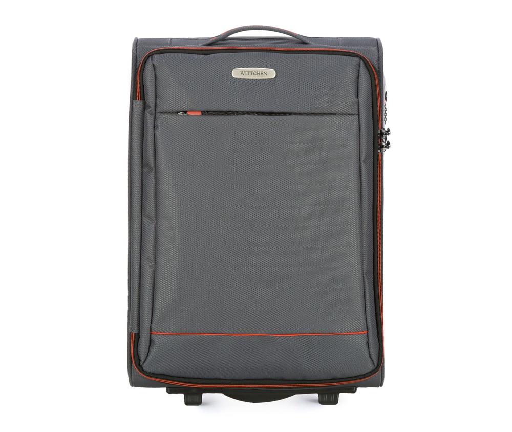 Чемодан на колесиках 20 дюймовМаленький чемодан из коллекции Bon Voyage сделана из полиэстра. Оснащен двумя колесикамми и подножкой, которая поддерживсает стабильность чемодана. и дополнтильная прорезиненная ручка делают предвежение багажа более комфортным. Внутри и снаружи чемодана яркие  вставки. Дополнительно замоком TSA,который очень удобен  в случае проверки багажа таможенной службой. , который гарантирует безопасное открытие чемоданов и его повторное закрытие без повреждения замка сотрудниками таможни. Чемодан соответствует требованиям ручной клади.  Особенности модели:  основное отделение на молнии с регулируемыми ремнями;  карман из сетки на молнии.    Снаружи:    с лицевой стороны карман на молнии.<br><br>секс: унисекс<br>Цвет: серый<br>материал:: Полиэстер<br>подкладка:: полиэстер<br>высота (см):: 54<br>ширина (см):: 36<br>глубина (см):: 20<br>размер:: маленький<br>объем (л):: 33<br>вес (кг):: 2,1