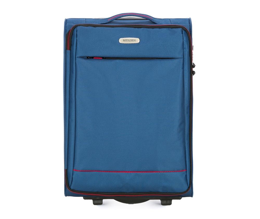 Чемодан на колесиках 20 дюймовМаленький чемодан из коллекции Bon Voyage сделана из полиэстра. Оснащен двумя колесикамми и подножкой, которая поддерживсает стабильность чемодана. и дополнтильная прорезиненная ручка делают предвежение багажа более комфортным. Внутри и снаружи чемодана яркие  вставки. Дополнительно замоком TSA,который очень удобен  в случае проверки багажа таможенной службой. , который гарантирует безопасное открытие чемоданов и его повторное закрытие без повреждения замка сотрудниками таможни. Чемодан соответствует требованиям ручной клади.  Особенности модели:  основное отделение на молнии с регулируемыми ремнями;  карман из сетки на молнии.    Снаружи:    с лицевой стороны карман на молнии.<br><br>секс: унисекс<br>Цвет: синий<br>материал:: Полиэстер<br>подкладка:: полиэстер<br>высота (см):: 54<br>ширина (см):: 36<br>глубина (см):: 20<br>размер:: ручная кладь<br>объем (л):: 33<br>вес (кг):: 2,1