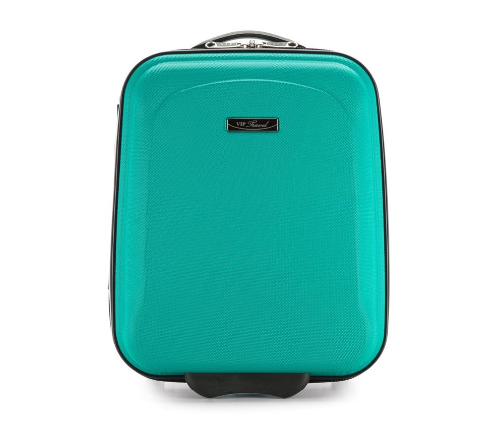 Чемодан  на колесиках  15\\Маленький чемодан из коллекции VIP Ride 3, сделан из ударопрочного поликарбоната. Чемодан имеет 4 двойных колесика, двухступенчатую выдвижную алюминиевую ручку и две резиновые ручки: сверху и сбоку. Современный и оригинальный дизайн чемодана подчеркивает красная нить вплетенная в молнию. Чемодан имеет двойную молнию, функцию  \AntiTheft\, благодаря которой чемодан устойчив к нежелательному открытию острым предметом, кодовый замок с функцией TSA. Внутри: два отделения для одежды, один отдел фиксируется ремнями на застежку и второй закрывается на молнию; 2 сетчатых кармана на молнии.<br><br>секс: унисекс<br>Цвет: зеленый<br>материал:: ABS пластик<br>высота (см):: 42<br>ширина (см):: 32<br>глубина (см):: 18<br>размер:: маленький<br>объем (л):: 20<br>вес (кг):: 1.8