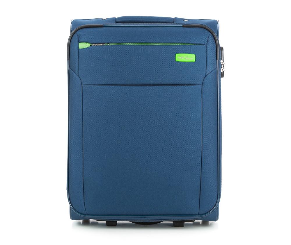 Чемодан на колесиках 19\\ Wittchen V25-3S-221-90, синийМаленький чемодан из коллекции VIP Collection выполнен из полиэстера. Оснащен двумя колесиками, подножкой, которая поддерживает стабильность чемодана, телескопической ручкой для комфортного перемещения  и кодовым замком. Чемодан соответствует требованиям ручной клади. Внутри: основное отделение на молнии с регулируемыми ремнями для безопасности вещей; карман на молнии. Дополнительно: с лицевой стороны карман на молнии.<br><br>секс: унисекс<br>Цвет: синий<br>материал:: Полиэстер<br>подкладка:: полиэстер<br>высота (см):: 55<br>ширина (см):: 40<br>глубина (см):: 20<br>размер:: ручная кладь<br>объем (л):: 35<br>вес (кг):: 2,5