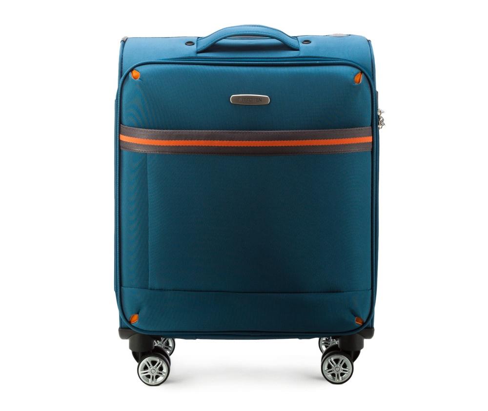 Маленький чемодан 18\ Wittchen 56-3S-491-95, голубойМаленький чемодан из коллекции Comfort Line. Четыре прочных колеса позволяют легко перемещать чемодан. Имеет двухступенчатую телескопическую ручку с фиксатором и кодовый замок с системой TSA для надежной защиты вещей.  Кроме того, система TSA, очень удобна во время досмотра багажа на таможне. Она обеспечивает не инвазивное открытие чемодана и его повторного закрытия без повреждения замка. Корпус отвечает требованиям ручной клажи.  внутри: карман с застежкой-молнией и ремнем безопасности для одежды;<br><br>секс: унисекс<br>Цвет: голубой<br>материал:: Полиэстер<br>подкладка:: полиэстр<br>высота (см):: 55<br>ширина (см):: 40<br>глубина (см):: 20<br>размер:: ручная кладь<br>объем (л):: 35<br>вес (кг):: 2,4