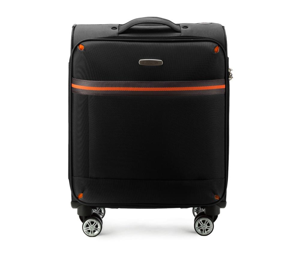 Маленький чемодан 18\Маленький чемодан из коллекции Comfort Line. Четыре прочных колеса позволяют легко перемещать чемодан. Имеет двухступенчатую телескопическую ручку с фиксатором и кодовый замок с системой TSA для надежной защиты вещей.  Кроме того, система TSA, очень удобна во время досмотра багажа на таможне. Она обеспечивает не инвазивное открытие чемодана и его повторного закрытия без повреждения замка. Корпус отвечает требованиям ручной клажи. <br>внутри: карман с застежкой-молнией и ремнем безопасности для одежды;<br><br>секс: унисекс<br>Цвет: черный<br>материал:: Полиэстер<br>подкладка:: полиэстр<br>высота (см):: 55<br>ширина (см):: 40<br>глубина (см):: 20<br>размер:: маленький<br>объем (л):: 35<br>вес (кг):: 2,4