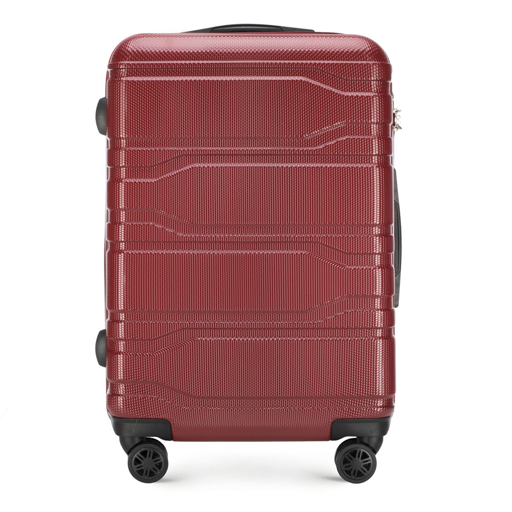 Средний чемодан фото