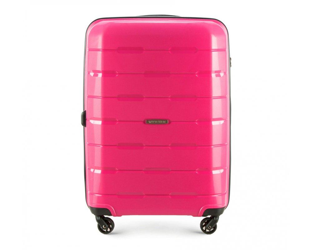 Чемодан на колёсиках 24\\Средний чемодан из коллекции Speedster из полипропилена. Имеет четыре колесика, облегчающие управление, телескопическую алюминиевую и 2 дополнительные прорезиненные ручки. Привлекательный дизайн и функциональность чемодана понравится каждому любителю путешествий. Дополнительно замоком TSA, который очень удобен и гарантирует безопасное открытие чемоданов и его повторное закрытие без повреждений замка сотрудниками таможни. Особенности модели: основное отделение с эластичными ремнями, предохраняющими одежду от перемещения; отделение на молнии; 2 кармана на молнии, , 1 из которых карман - сетка.<br><br>секс: None<br>Цвет: розовый