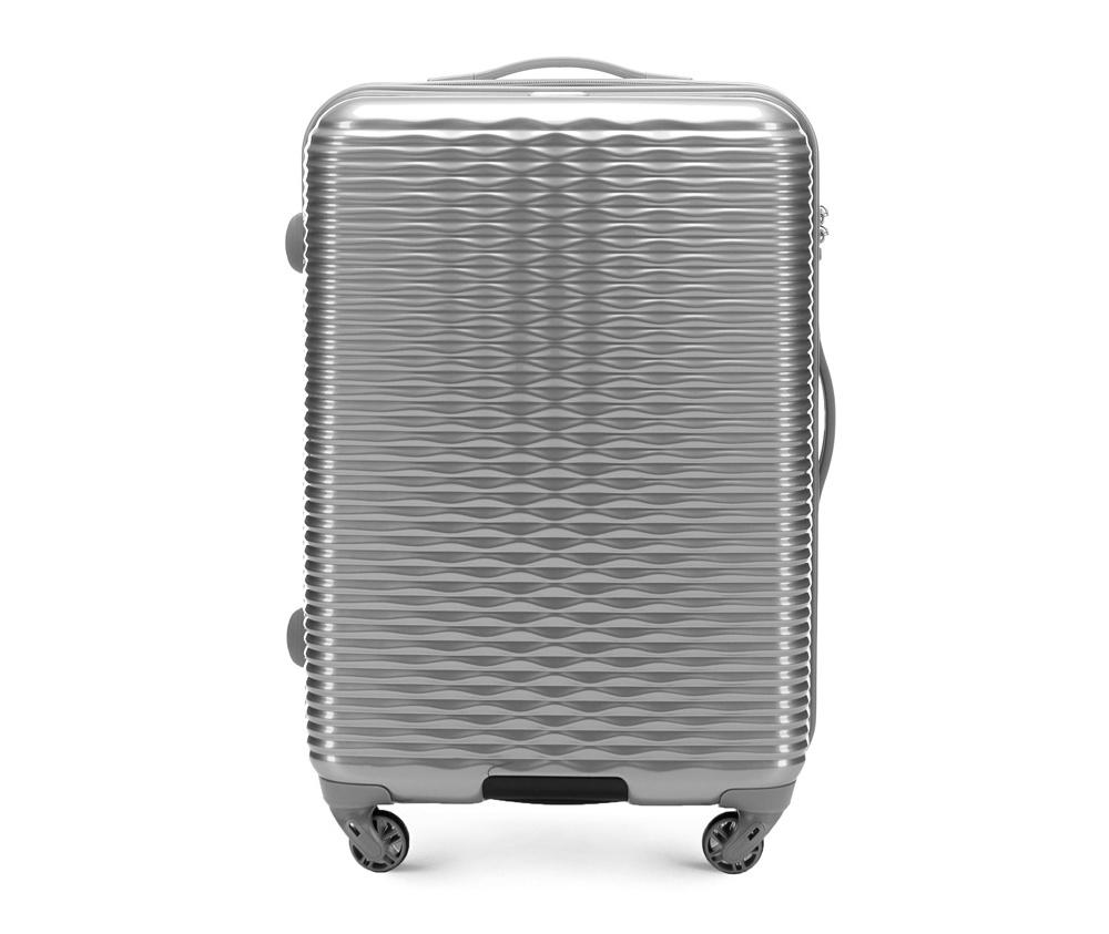 Средний чемодан 23\ Wittchen 56-3H-522-00, серебряныйСредний чемодан из коллекции Wavy Line сделан из высокопрочного и устойчивого к царапинам пластика ABS. Выдвижная ручка, главное отделение на молнии с кодовым замком TSA, разделённое на две части: одно отделение с фиксирующими ремнями для одежды, второе отделение закрывается на молнию, внутренний карман на молнии.<br><br>секс: женщина<br>Цвет: серый<br>материал:: ABS пластик<br>подкладка:: полиэстр<br>высота (см):: 66<br>ширина (см):: 42<br>глубина (см):: 25<br>размер:: средний<br>объем (л):: 56<br>вес (кг):: 3.2