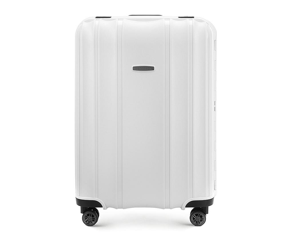 Чемодан на колёсиках 24\\Средний чемодан из коллекции Premium PP. Модель изготовлена из эластичного и ударопрочного полипропилена. Имеет четыре двойных колеса, двухступенчатую, выдвижную ручку и дополнительную ручку, облегчающие перемещение багажа. Закрывается на три пряжки главная из которых, на боковой панели чемодана, оснащена замком TSA (удобен в случае досмотра багажа таможенной службой). Внутри: основное отделение с эластичными ремнями, предохраняющими одежду от перемещения; дополнительно основное отделение оснащено перегородкой с тремя карманами, один из которых из сетки на молнии с ремнями, предохраняющими багаж от перемещения.<br><br>секс: унисекс<br>Цвет: белый<br>материал:: Полипропилен<br>высота (см):: 65<br>ширина (см):: 46<br>глубина (см):: 26<br>размер:: средний<br>объем (л):: 66<br>вес (кг):: 4,4