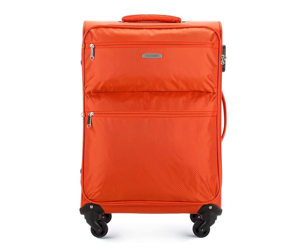 Чемодан на колесиках 24\\Чемодан среднего размера из коллекции Super Light, сделан из полиэстера, благодаря которому чемодан очень легкий. Модель имееть 4 вращающихся колесика , двуступенчатую ручку и дополнительную ручку, позволяющую с легкостью переносить чемодан, кодовый замок.&#13;<br>&#13;<br>Особенности модели:&#13;<br>&#13;<br>    основное отделение с ремнями-держателями&#13;<br>    карман из сетки на молнии.&#13;<br>&#13;<br>Снаружи:&#13;<br>&#13;<br>    на лицевой стороне 2 отделения на молнии.<br><br>секс: унисекс<br>Цвет: оранжевый<br>материал:: Полиэстер<br>высота (см):: 66<br>ширина (см):: 41<br>глубина (см):: 23<br>вес (кг):: 2.4<br>объем (л):: 46