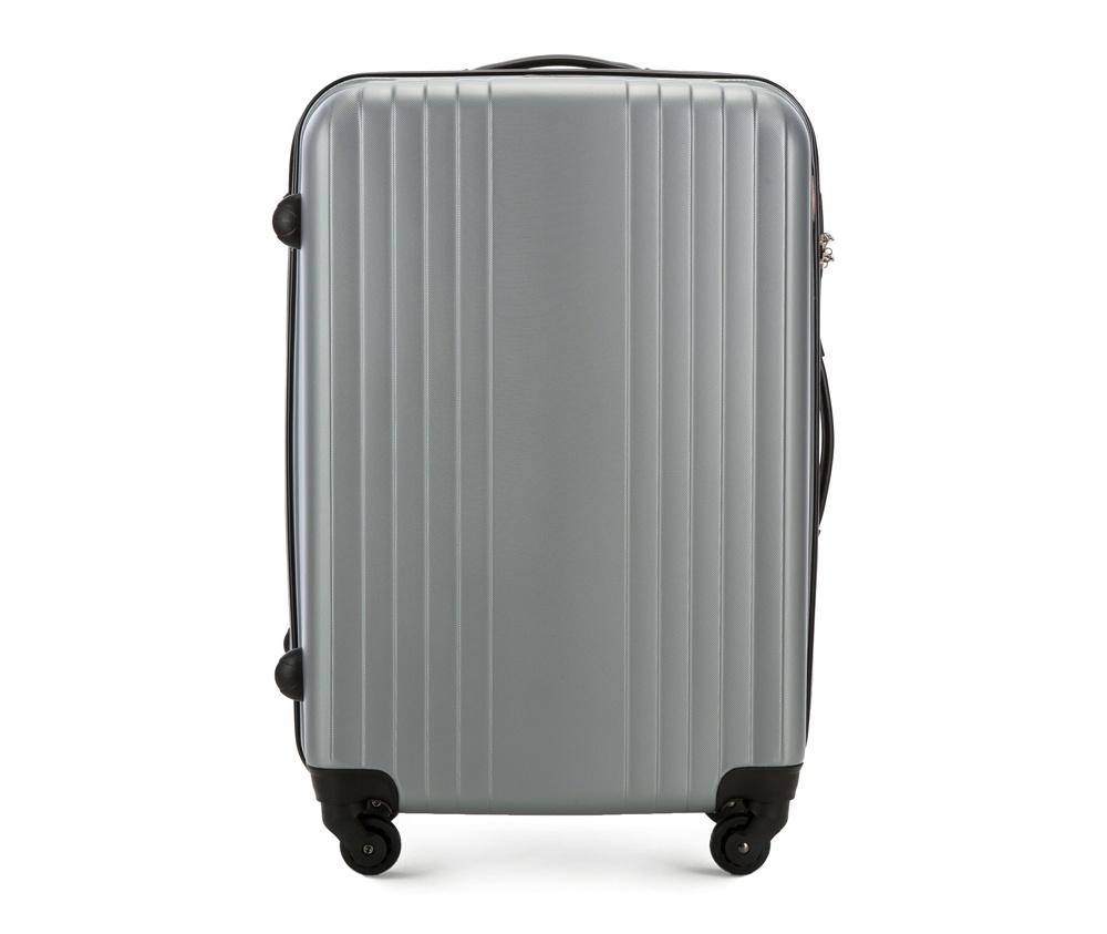 Чемодан на колесиках 23\\Средний чемодан из коллекции Hardy Line, сделан из ударопрочного поликарбоната. Чемодан имеет 4 двойных колесика, двухступенчатую выдвижную алюминиевую ручку и две резиновые ручки: сверху и сбоку. Современный и оригинальный дизайн чемодана подчеркивает красная нить вплетенная в молнию. Чемодан имеет двойную молнию, функцию  \AntiTheft\, благодаря которой чемодан устойчив к нежелательному открытию острым предметом, кодовый замок с функцией TSA. Внутри: два отделения для одежды, один отдел фиксируется ремнями на застежку и второй закрывается на молнию; 2 сетчатых кармана на молнии.<br><br>секс: унисекс<br>Цвет: серый
