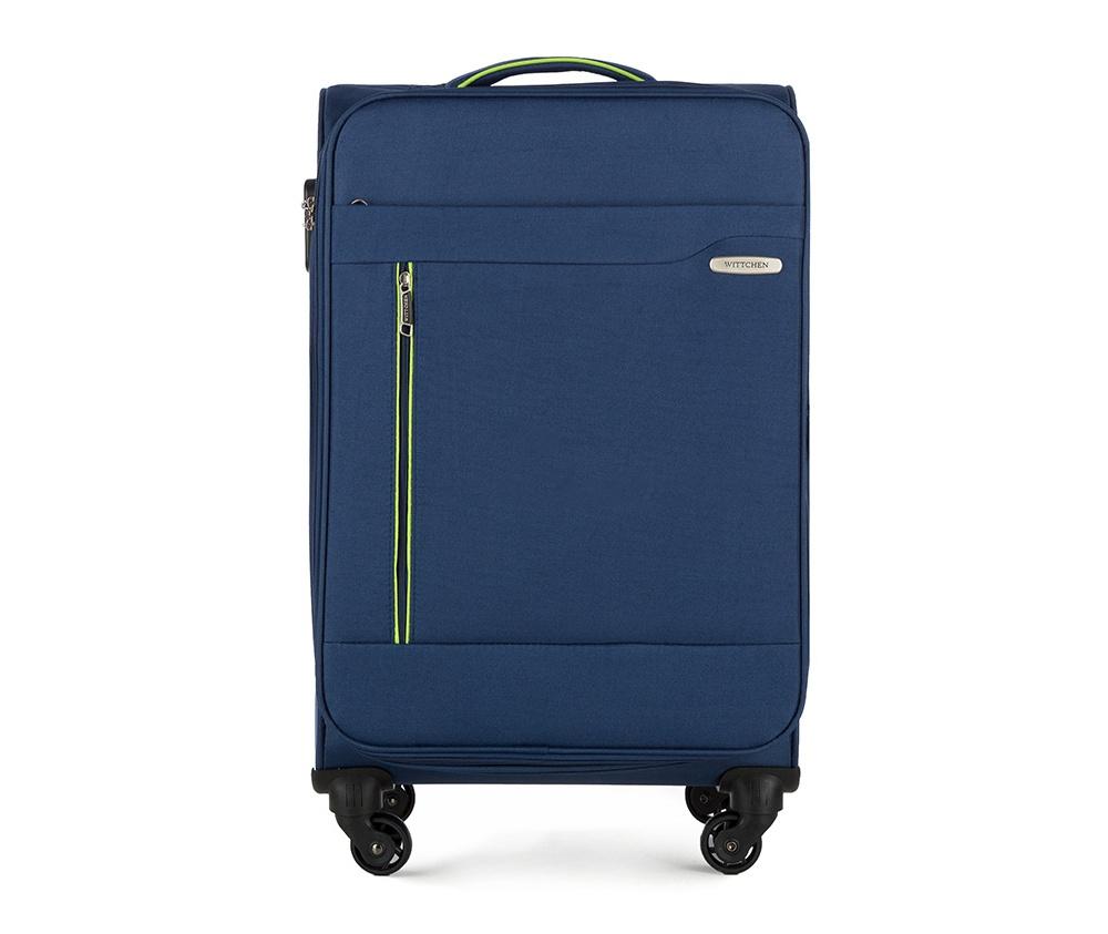 Чемодан на колёсикахСредний чемодан из коллекции Stripe Line изготовлен из полиэстера. Оснащен четырьмя прочными колесиками, телескопической и дополнительной ручками, которые позволяют легко перемещать багаж. Дополнительно снаружи внешние карманы. Защита в виде кодового замка, который препятствует доступу внутрь чемодана. Внутри:основное отделение на молнии с регулируемыми ремнями, предохраняющими одежду от перемещения; карман - сетка на молнии. Снаружи: с лицевой стороны 2 кармана закрываются на молнию; дополнительно молния, позволяющая увеличить объем чемодана на 5 см.<br><br>секс: унисекс<br>Цвет: синий<br>материал:: Полиэстер<br>высота (см):: 69<br>ширина (см):: 41<br>глубина (см):: 25<br>размер:: средний<br>вес (кг):: 2,9<br>объем (л):: 58