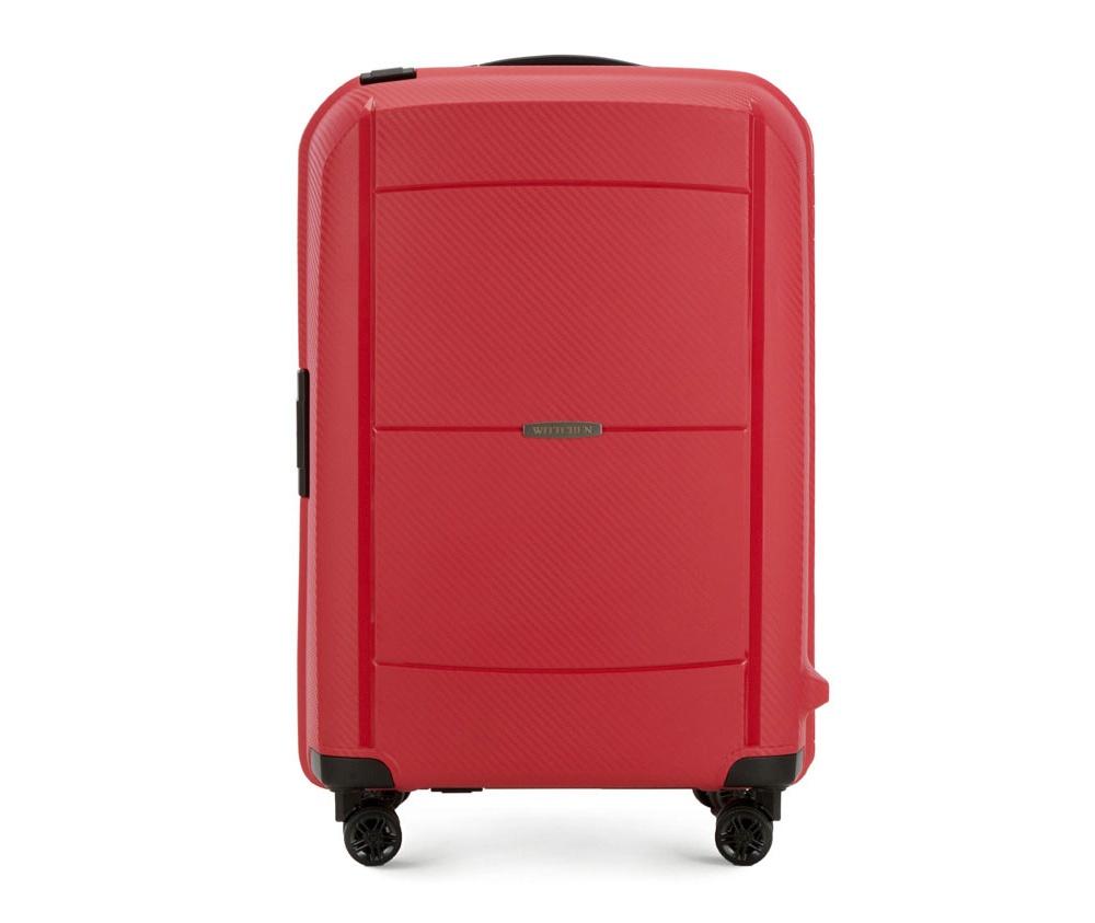 Чемодан на колёсиках 25\\Средний чемодан из коллекции Premium PP,  сделан из ударопрочного полипропилена.    Чемодан имеет 4 двойных колесика, двухступенчатую выдвижную ручку и две дополнительные ручки, оснащен кодовым замком с системой TSA.    Чемодан сделан в оригинальном дизайне - из-за осутствия подкладки во    внешней стороне отдела, позволяет более эффективно использовать    пространство для упаковки вещей.&#13;<br>Внутри:&#13;<br>&#13;<br>    два отдела для одежды, один отдел фиксируется ремнями на застежку, второй отдел имеет отделение на молнии;&#13;<br>    съемное открытое отделение.<br><br>секс: женщина<br>материал:: Полипропилен<br>высота (см):: 68<br>ширина (см):: 46<br>глубина (см):: 27<br>вес (кг):: 3.8<br>объем (л):: 71