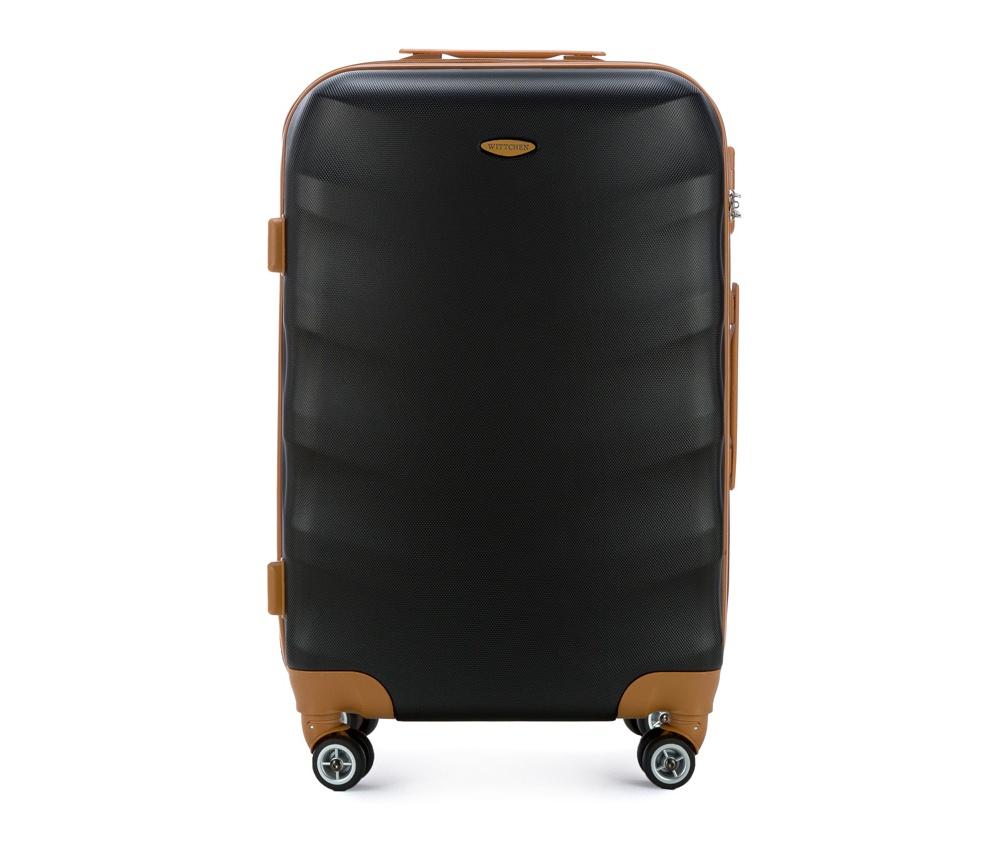 Чемодан на колесикахСредний чемодан из коллекции J-Line, сделан из высокопрочного АБС - пластика. Чемодан имеет 4 двойных колесика, выдвижную ручку с фиксатором, дополнтельную ручку для удобной переноски багажа, кодовый замок. Характерная особенность - логотип Wittchen на верхней ручке багажа.   Внутри: основное отделение с эластичными ремешками и застежкой-молнией; отсек на молнии.<br><br>секс: унисекс<br>Цвет: черный<br>материал:: Поликарбонат<br>высота (см):: 67<br>ширина (см):: 45<br>глубина (см):: 25<br>размер:: средний<br>объем (л):: 57<br>вес (кг):: 3,6