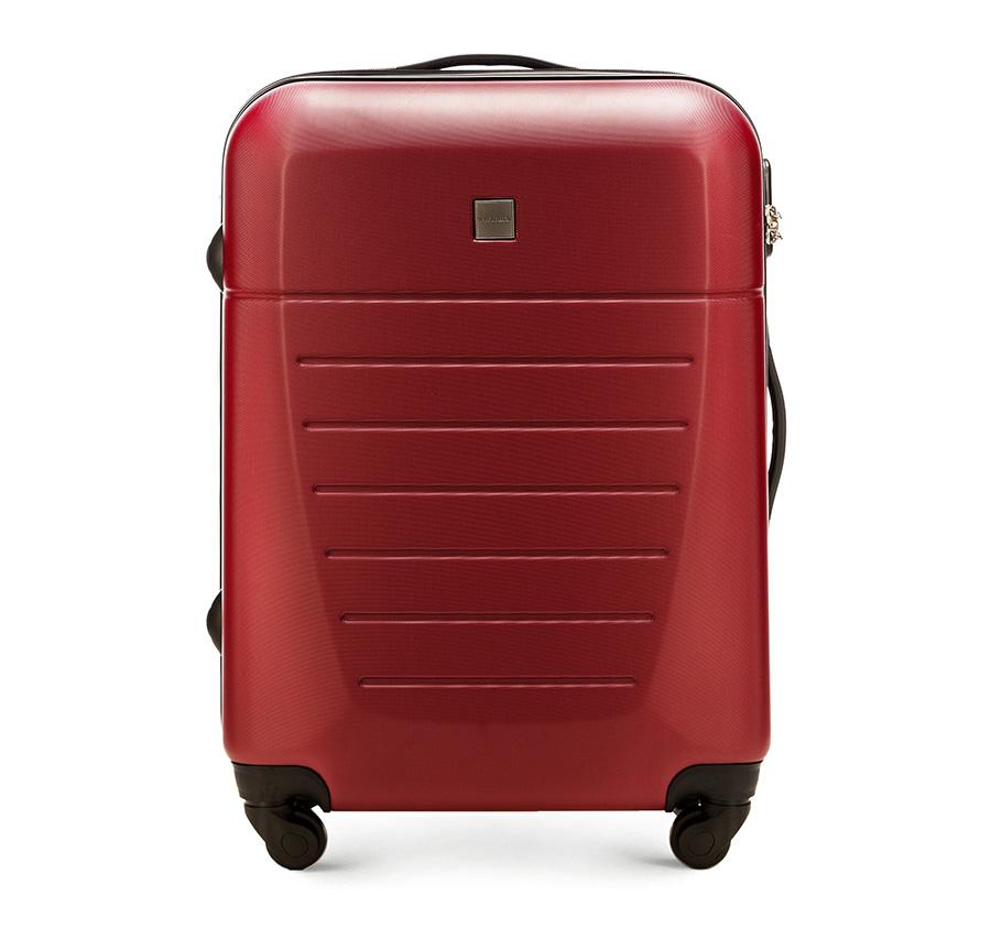 Средний чемодан 23\Средний чемодан сделан из высокопрочного и устойчивого к царапинам пластика ABS. Выдвижная ручка, главное отделение на молнии с кодовым замком TSA, разделённое на две части: одно отделение с фиксирующими ремнями для одежды, второе отделение закрывается на молнию, внутренний карман на молнии.<br><br>секс: унисекс<br>материал:: ABS пластик<br>подкладка:: полиэстр<br>высота (см):: 64<br>ширина (см):: 45<br>глубина (см):: 23<br>размер:: средний<br>объем (л):: 51<br>вес (кг):: 3.3