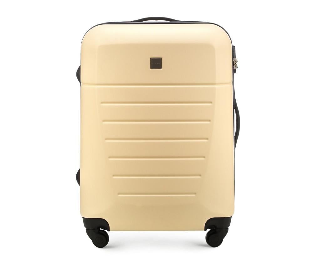 Средний чемодан 23\Средний чемодан сделан из высокопрочного и устойчивого к царапинам пластика ABS. Выдвижная ручка, главное отделение на молнии с кодовым замком TSA, разделённое на две части: одно отделение с фиксирующими ремнями для одежды, второе отделение закрывается на молнию, внутренний карман на молнии.<br><br>секс: унисекс<br>Цвет: бежевый<br>материал:: Поликарбонат<br>подкладка:: полиэстр<br>высота (см):: 64<br>ширина (см):: 45<br>глубина (см):: 23<br>размер:: средний<br>объем (л):: 51<br>вес (кг):: 3,3