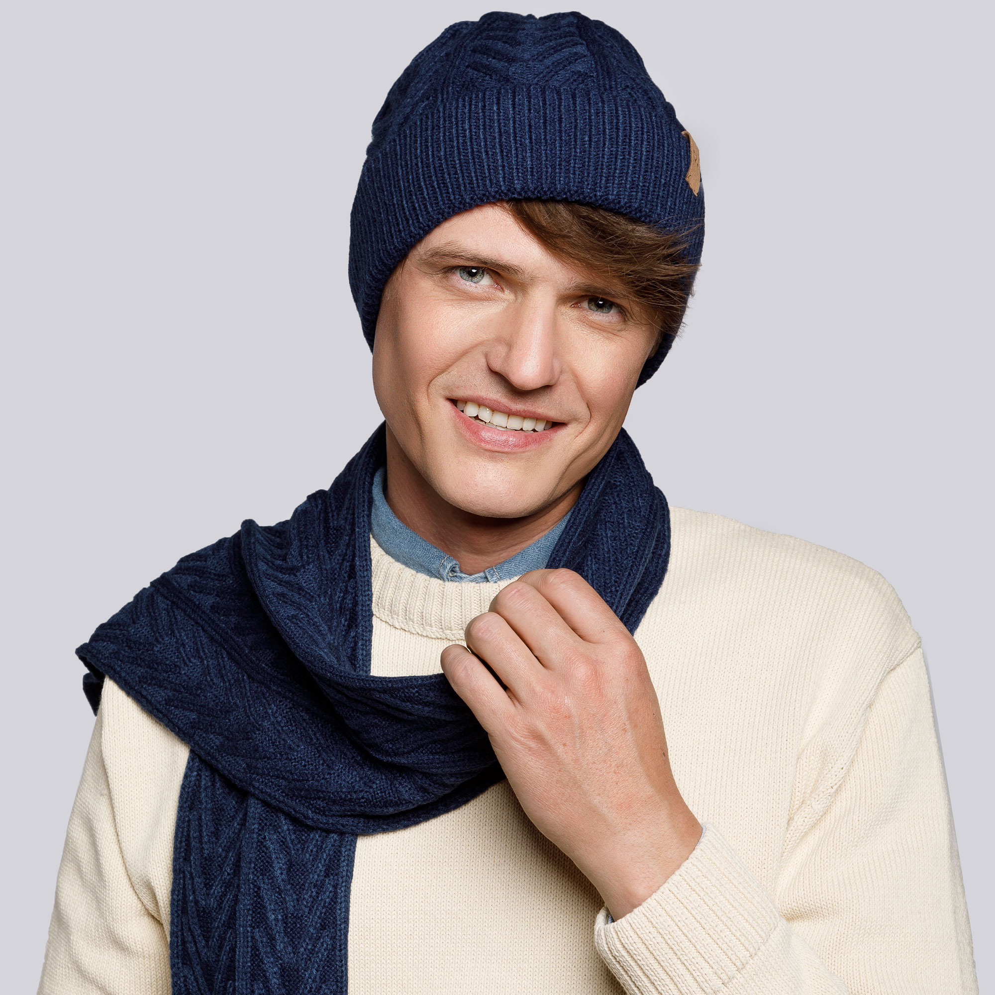 Men's winter cable knit hat and scarf, navy blue, 93-SF-004-7, Photo 1