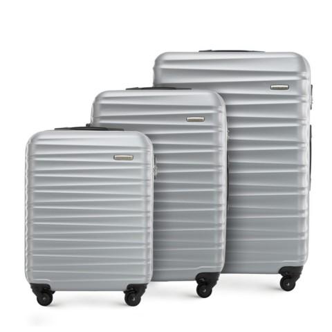 Комплект чемоданов 56-3A-31S-01