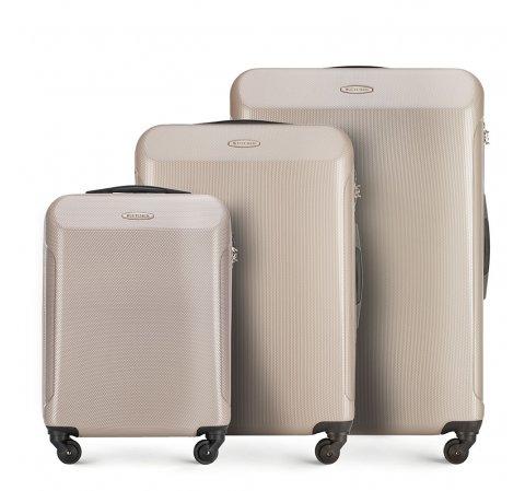 Комплект чемоданов 56-3P-97S-81